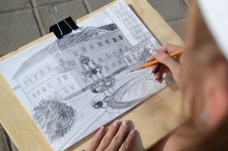 Молодежь рисует Витебск!