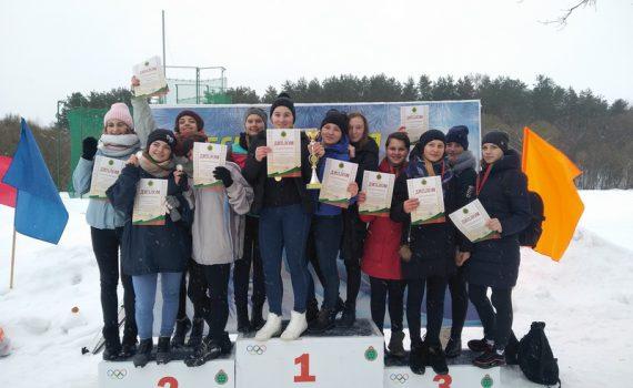 """Первое место в зимнем многоборье """"Здоровье"""" среди девушек"""