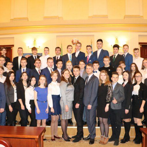 I учредительное собрание Молодежной палаты города Витебска собрало около 50 активных парней и девушек