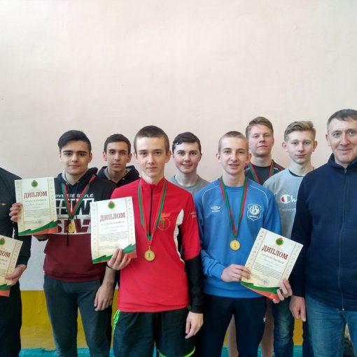 I место в областных соревнованиях среди юношей