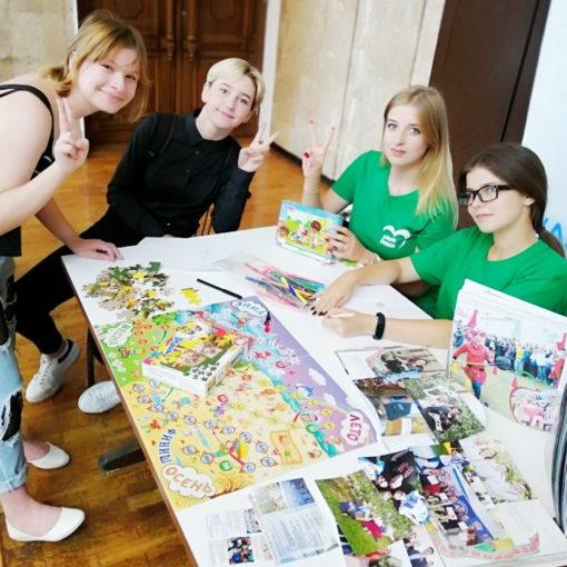 Наши волонтеры на выставке-ярмарке «Витебщина за здоровый образ жизни»