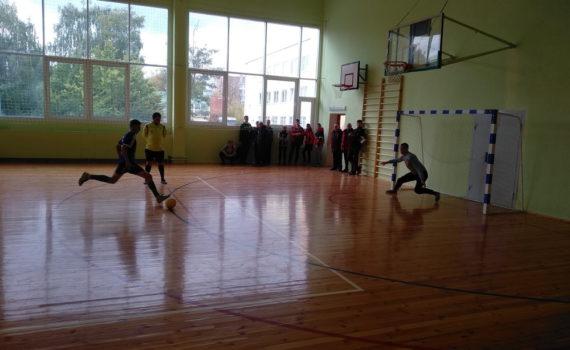 II место в соревнованиях по мини-футболу в городской спартакиаде